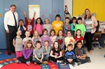 Senator Seward with Laura Slesinsky's second-grade class