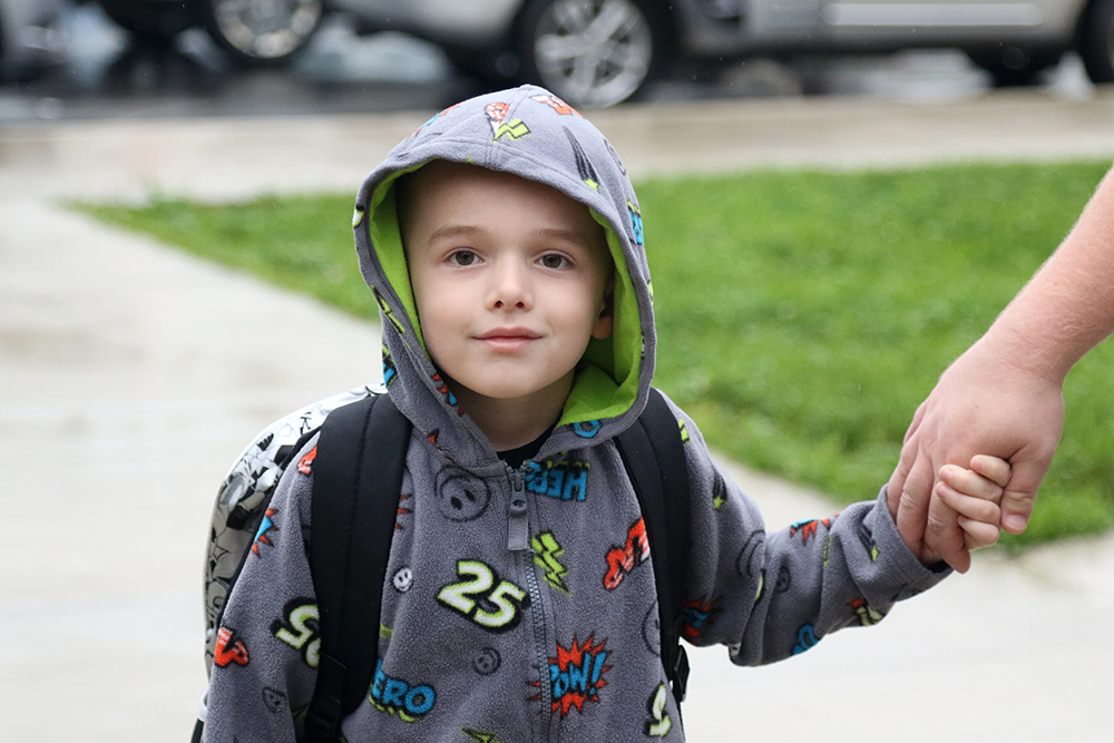 Students arriving to the first day of school for 2017-18