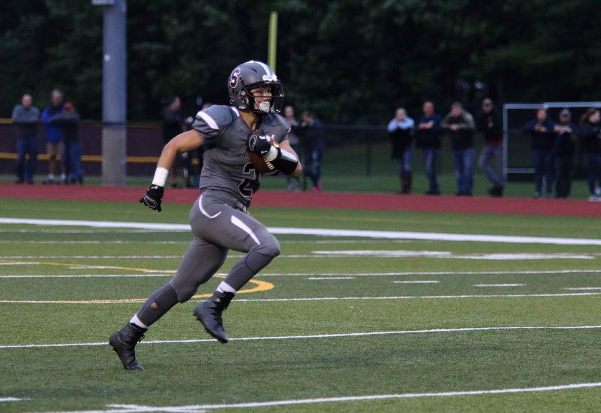 Sidney football vs Bainbridge-Guilford, September 2018